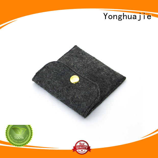 felt purse embroidered for gift packing Yonghuajie