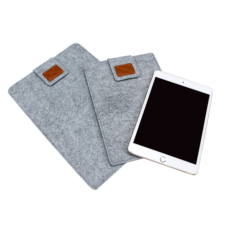Felt sleeve bag for ipad