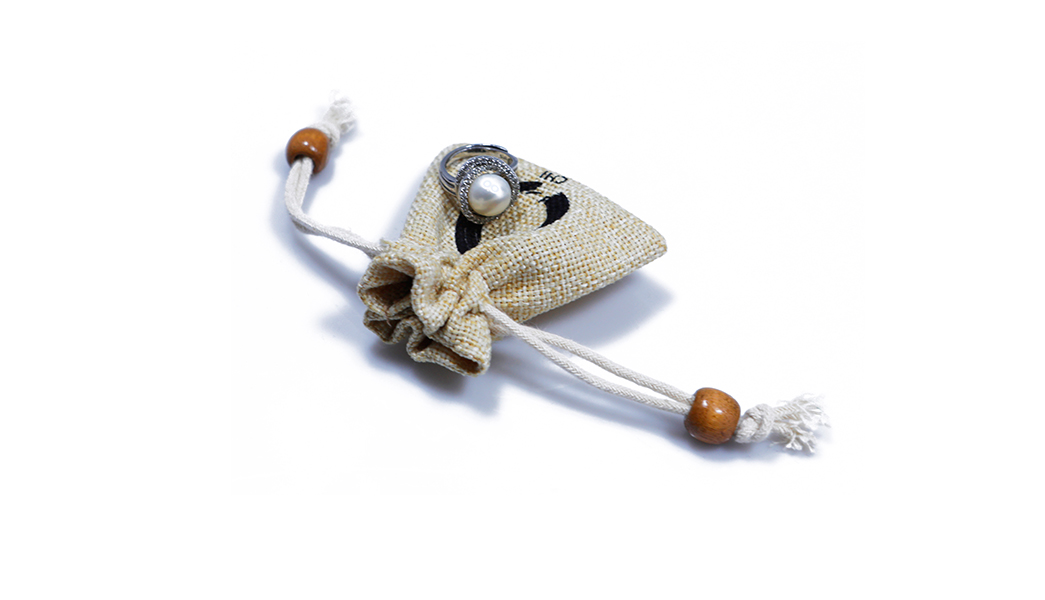 Small Jute Drawstring Pouch with Custom Logo-4