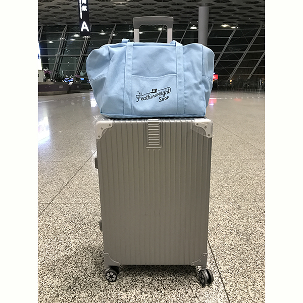 Travel canvas bag