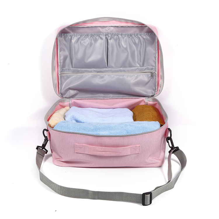 Multiple polyester lining pockets storage duffle bag for travel