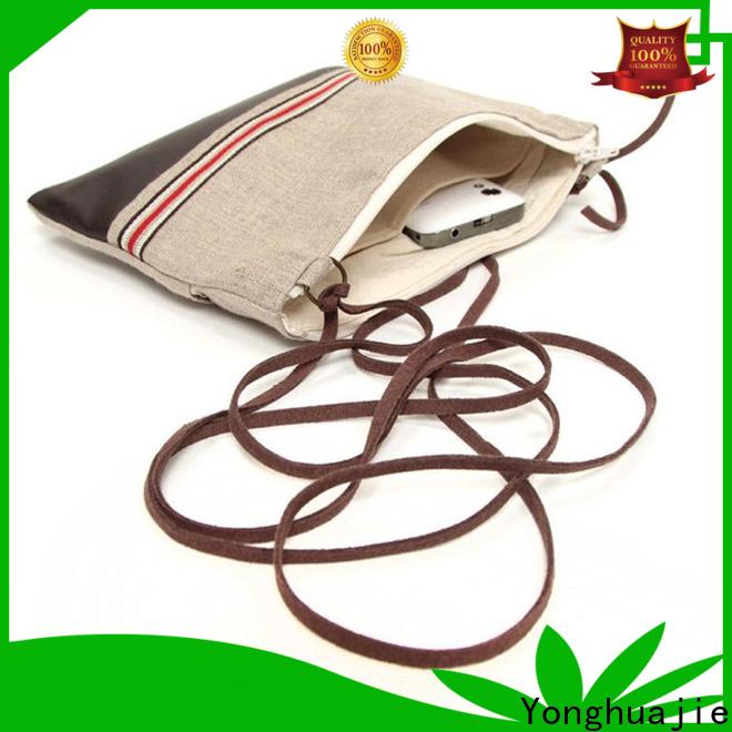 Custom the travel bag company