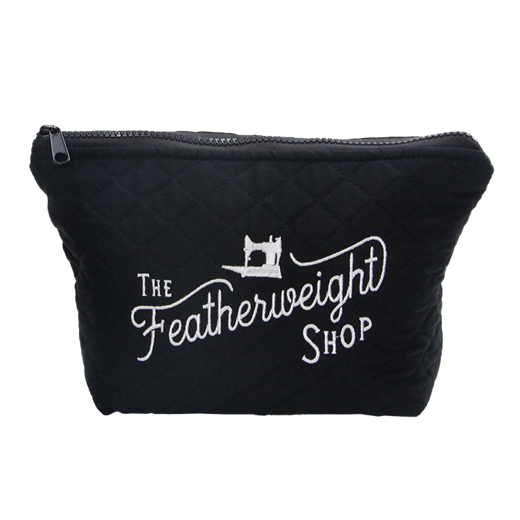 Quilted cotton cosmetic bag makeup tools zipper bag with embroidery logo